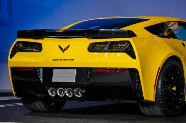 chevrolet-z06-rear-detail
