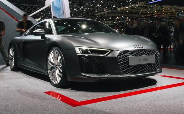 Audi-R8-V10-Gear-Patrol