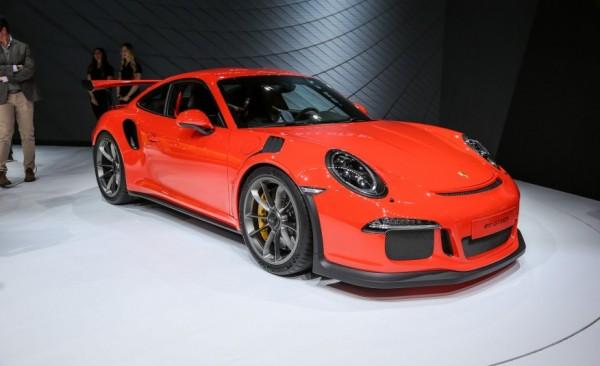 Porsche-911-GT3-RS-201-876x5351