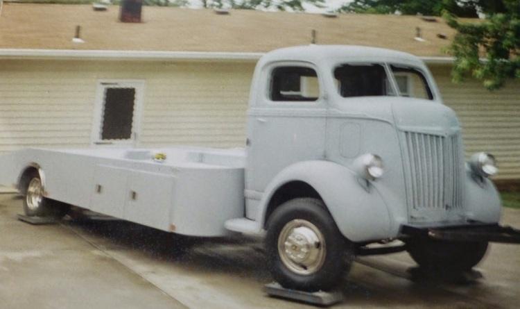 1947FordCaboverCarhauler
