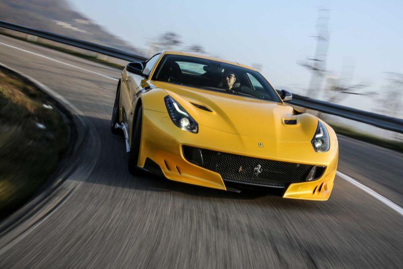 Ferrari_F12tdf_2