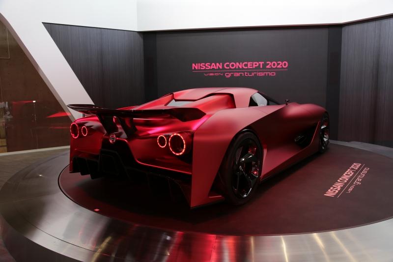 Nissan-GrandTourimo-Concept2