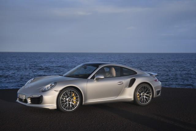 Porsche-911-Turbo-S-_8_-e1400703474405