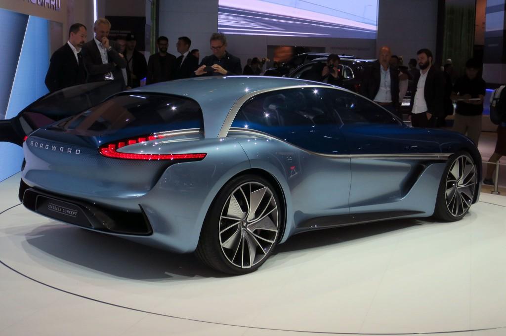 Borgward-Isabella-concept-rear-side-view