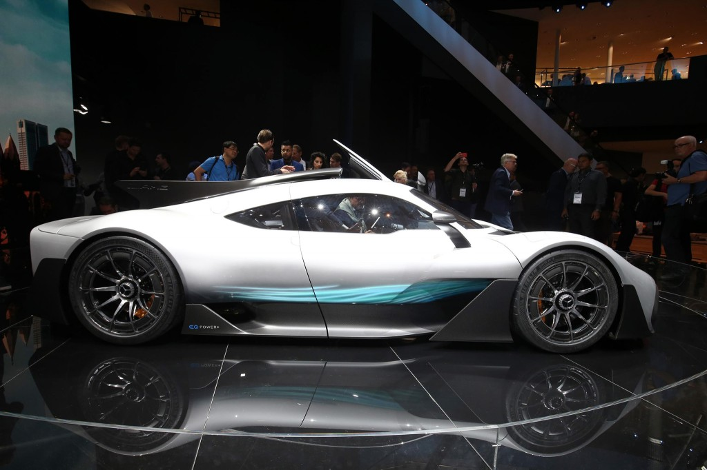 Mercedes-AMG-Project-ONE-side-profile-01